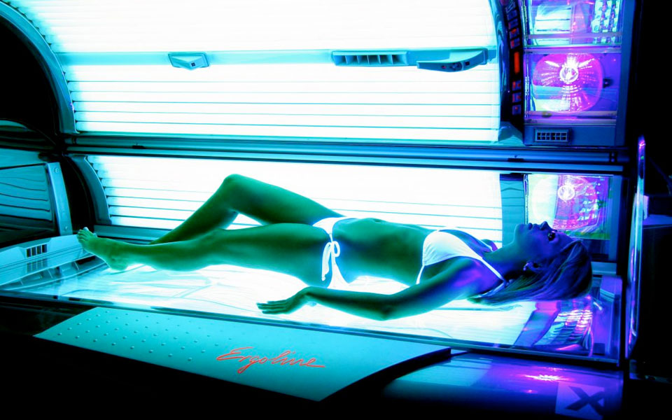 Ergoline Ambision 300 uvb tanning beds bedding design ideas  at bayanpartner.co